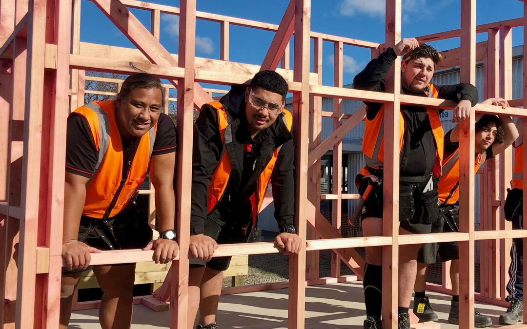Mākoura students on the tools for homeless