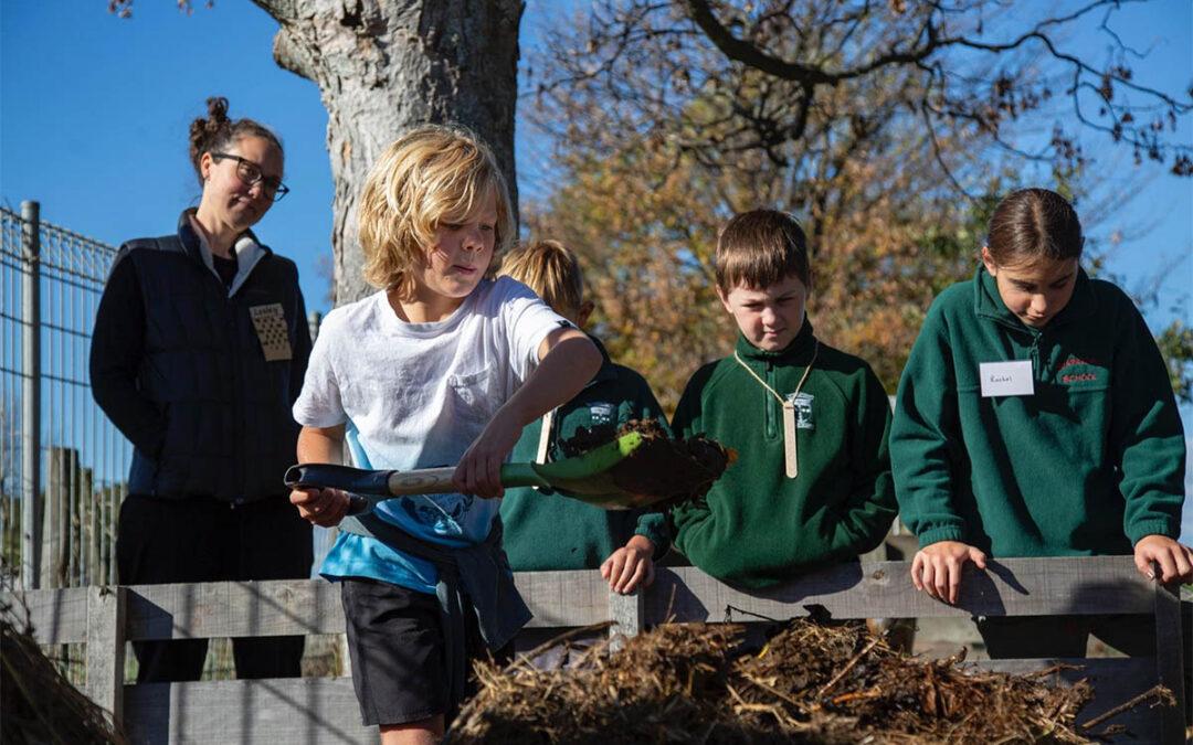 Te Kura O Papatūānuku Wairarapa Earth school